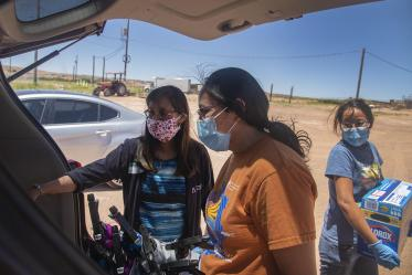 Vanessa Jensen, MD, a University of Arizona College of Medicine – Tucson surgery alumna, helps drop off masks, hand sanitizer and other COVID-19 supplies needed on the Navajo Nation.
