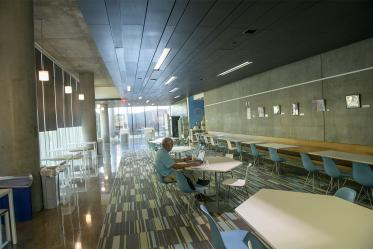 Whether eating alone or with friends, this second-floor dining area in the Health Sciences Education Building on the Phoenix Biomedical Campus offers art, modern décor and natural light.