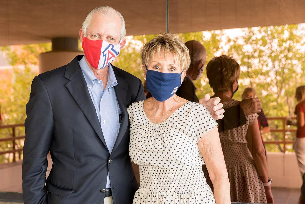 University of Arizona President Robert C. Robbins, MD, was on hand to welcome Ginny L. Clements during the announcement of her $8.5 million gift to the UArizona Cancer Center.
