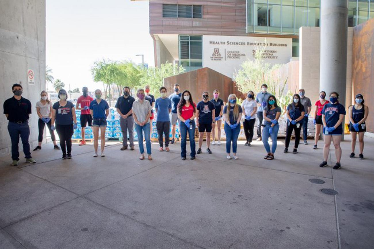 The College of Medicine – Phoenix Student Service Corps is a group of volunteers helping during COVID-19.